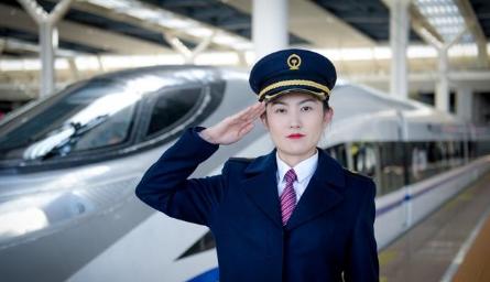 甘肃高铁学校如何保障学生顺畅就业?