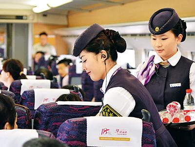 甘肃高铁学校告诉你铁路乘务人员日常做哪些工作